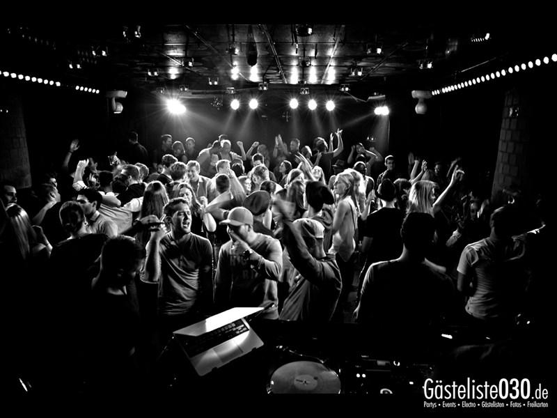 https://www.gaesteliste030.de/Partyfoto #67 Asphalt Berlin vom 11.10.2013