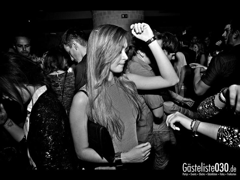 https://www.gaesteliste030.de/Partyfoto #79 Asphalt Berlin vom 11.10.2013