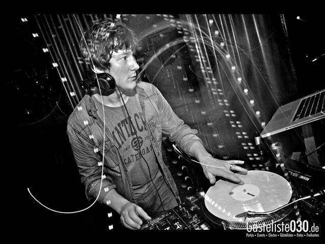 Partypics Asphalt 11.10.2013 Berlin's Passion meets Asphalt Jungle