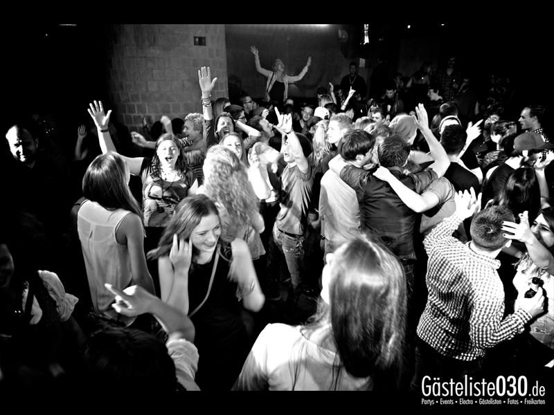 https://www.gaesteliste030.de/Partyfoto #88 Asphalt Berlin vom 11.10.2013