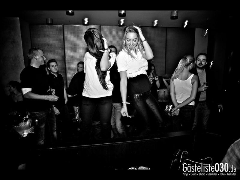https://www.gaesteliste030.de/Partyfoto #95 Asphalt Berlin vom 25.10.2013