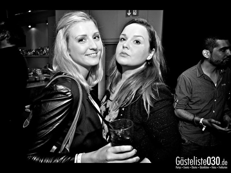 https://www.gaesteliste030.de/Partyfoto #27 Asphalt Berlin vom 25.10.2013