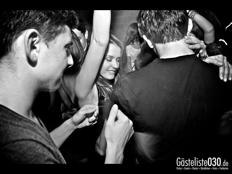https://www.gaesteliste030.de/Partyfoto #42 Asphalt Berlin vom 25.10.2013