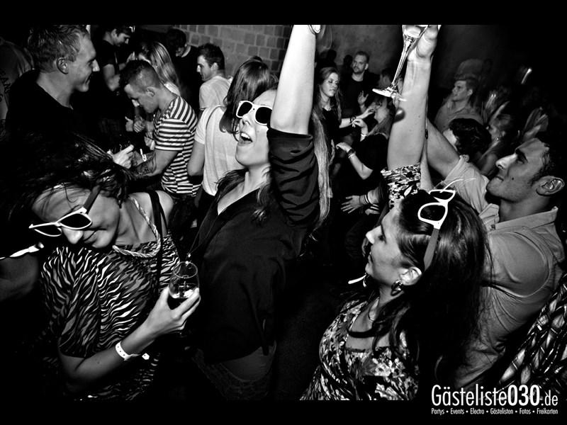 https://www.gaesteliste030.de/Partyfoto #52 Asphalt Berlin vom 25.10.2013