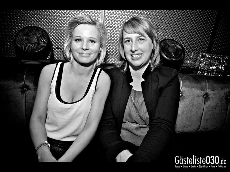 https://www.gaesteliste030.de/Partyfoto #15 Asphalt Berlin vom 25.10.2013