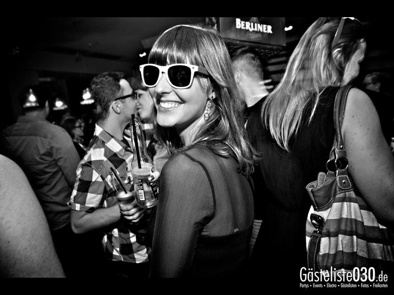https://www.gaesteliste030.de/Partyfoto #21 Asphalt Berlin vom 25.10.2013