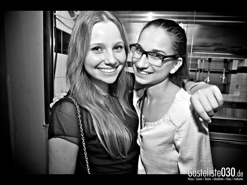 https://www.gaesteliste030.de/Partyfoto #98 Asphalt Berlin vom 25.10.2013