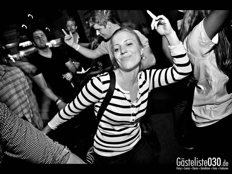 https://www.gaesteliste030.de/Partyfoto #57 Asphalt Berlin vom 25.10.2013