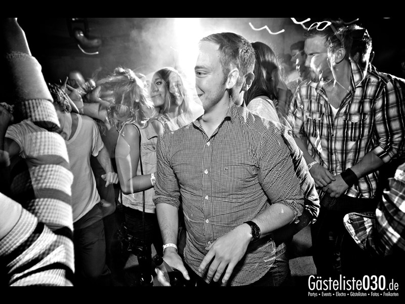 https://www.gaesteliste030.de/Partyfoto #54 Asphalt Berlin vom 25.10.2013