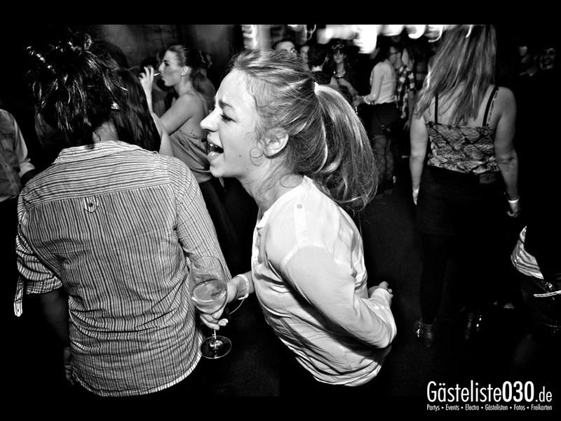 https://www.gaesteliste030.de/Partyfoto #26 Asphalt Berlin vom 25.10.2013