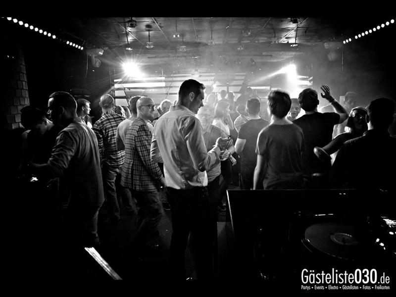 https://www.gaesteliste030.de/Partyfoto #73 Asphalt Berlin vom 25.10.2013