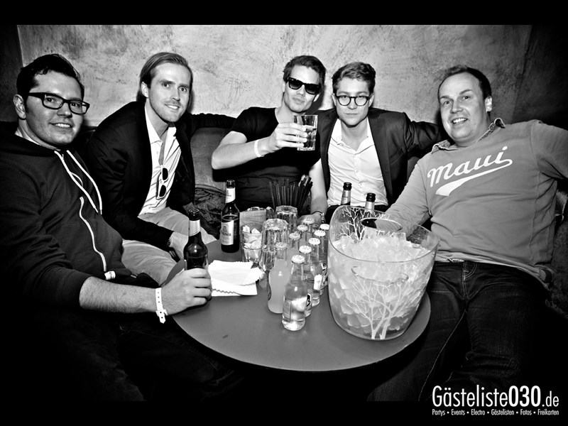 https://www.gaesteliste030.de/Partyfoto #17 Asphalt Berlin vom 25.10.2013