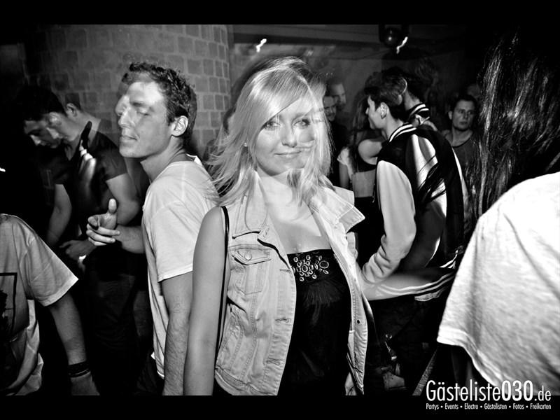 https://www.gaesteliste030.de/Partyfoto #56 Asphalt Berlin vom 25.10.2013