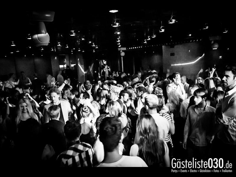 https://www.gaesteliste030.de/Partyfoto #32 Asphalt Berlin vom 04.10.2013