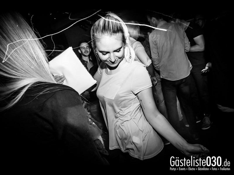 https://www.gaesteliste030.de/Partyfoto #98 Asphalt Berlin vom 04.10.2013