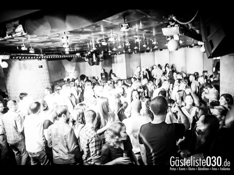 https://www.gaesteliste030.de/Partyfoto #8 Asphalt Berlin vom 04.10.2013