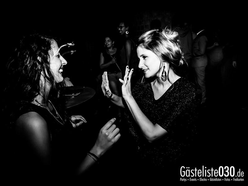 https://www.gaesteliste030.de/Partyfoto #18 Asphalt Berlin vom 04.10.2013