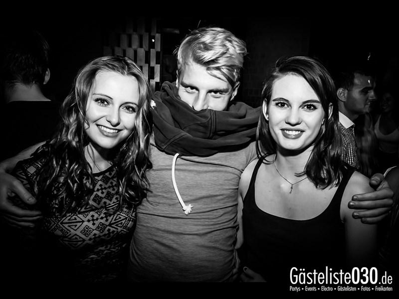 https://www.gaesteliste030.de/Partyfoto #39 Asphalt Berlin vom 04.10.2013