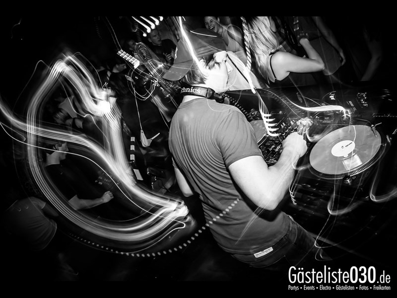 https://www.gaesteliste030.de/Partyfoto #68 Asphalt Berlin vom 04.10.2013