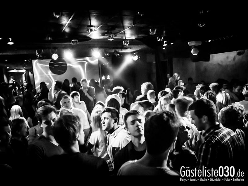 https://www.gaesteliste030.de/Partyfoto #41 Asphalt Berlin vom 04.10.2013
