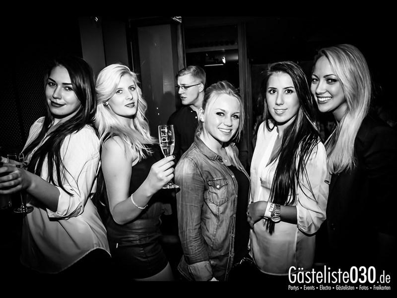 https://www.gaesteliste030.de/Partyfoto #28 Asphalt Berlin vom 04.10.2013