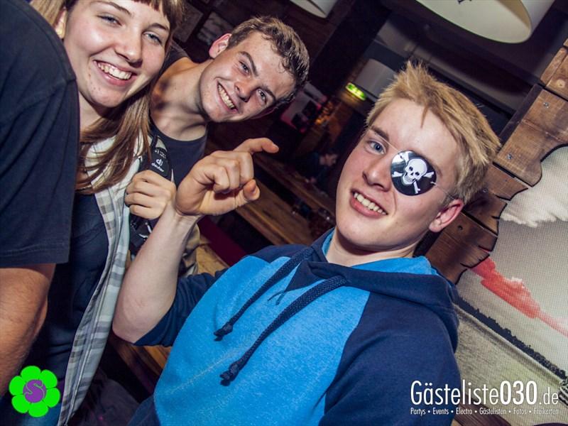 https://www.gaesteliste030.de/Partyfoto #25 Pirates Berlin vom 26.10.2013