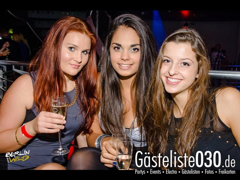 https://www.gaesteliste030.de/Partyfoto #339 E4 Berlin vom 12.10.2013