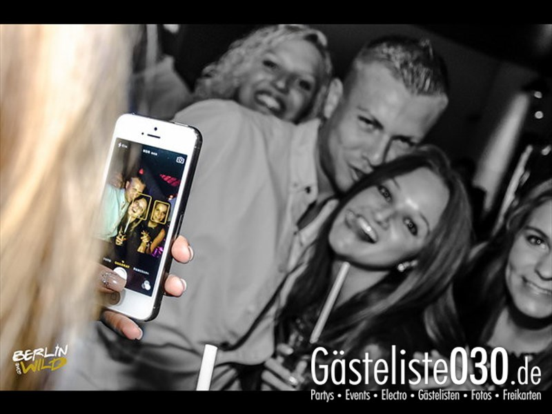 https://www.gaesteliste030.de/Partyfoto #359 E4 Berlin vom 12.10.2013