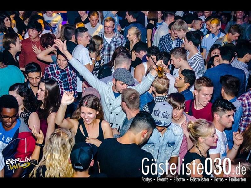 https://www.gaesteliste030.de/Partyfoto #241 E4 Berlin vom 12.10.2013