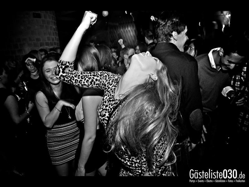 https://www.gaesteliste030.de/Partyfoto #92 Asphalt Berlin vom 12.10.2013
