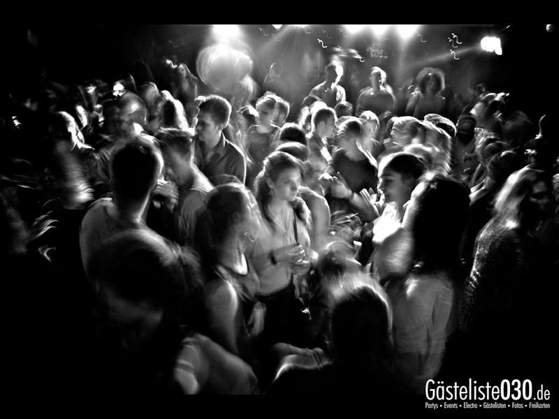https://www.gaesteliste030.de/Partyfoto #45 Asphalt Berlin vom 12.10.2013