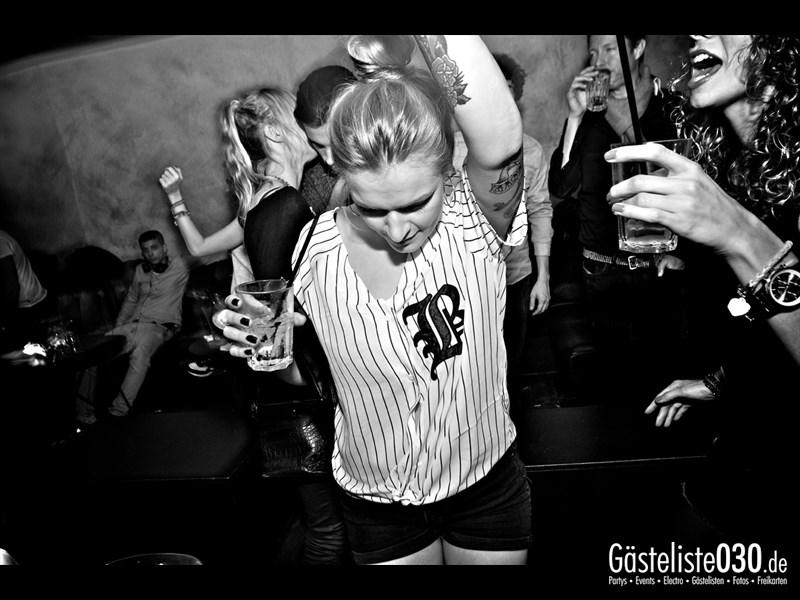 https://www.gaesteliste030.de/Partyfoto #76 Asphalt Berlin vom 12.10.2013
