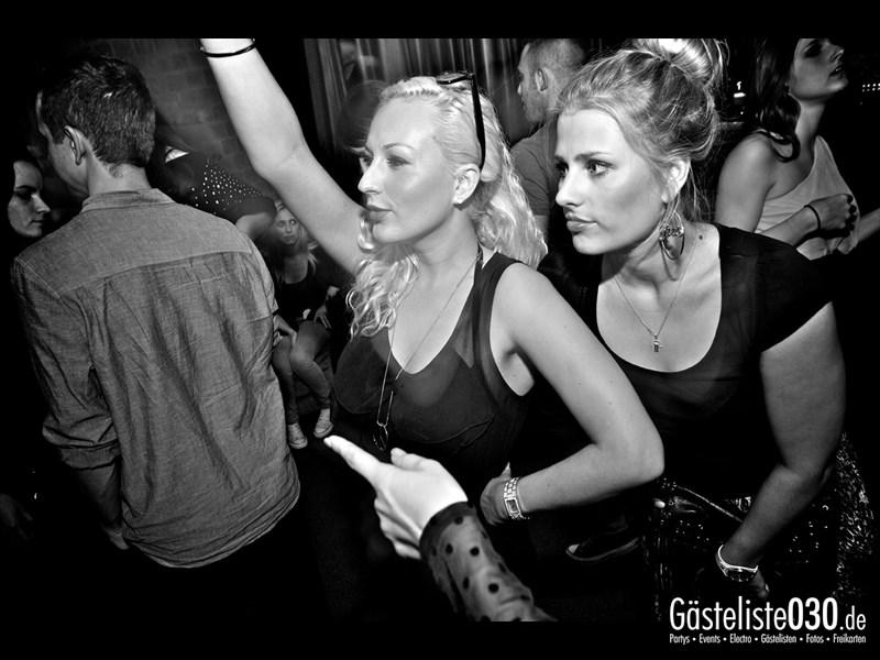 https://www.gaesteliste030.de/Partyfoto #108 Asphalt Berlin vom 12.10.2013