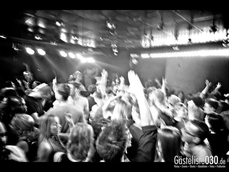 https://www.gaesteliste030.de/Partyfoto #61 Asphalt Berlin vom 12.10.2013