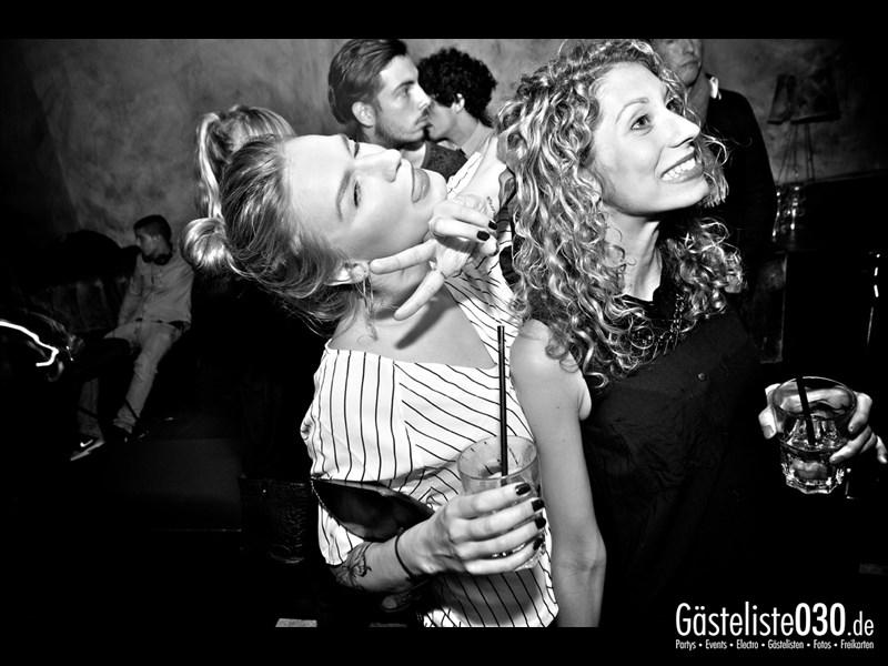 https://www.gaesteliste030.de/Partyfoto #75 Asphalt Berlin vom 12.10.2013