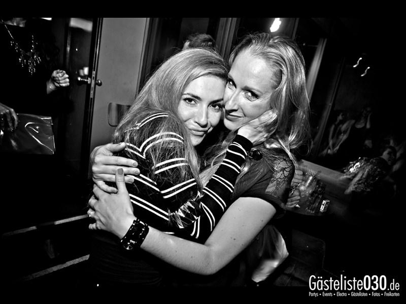 https://www.gaesteliste030.de/Partyfoto #28 Asphalt Berlin vom 12.10.2013