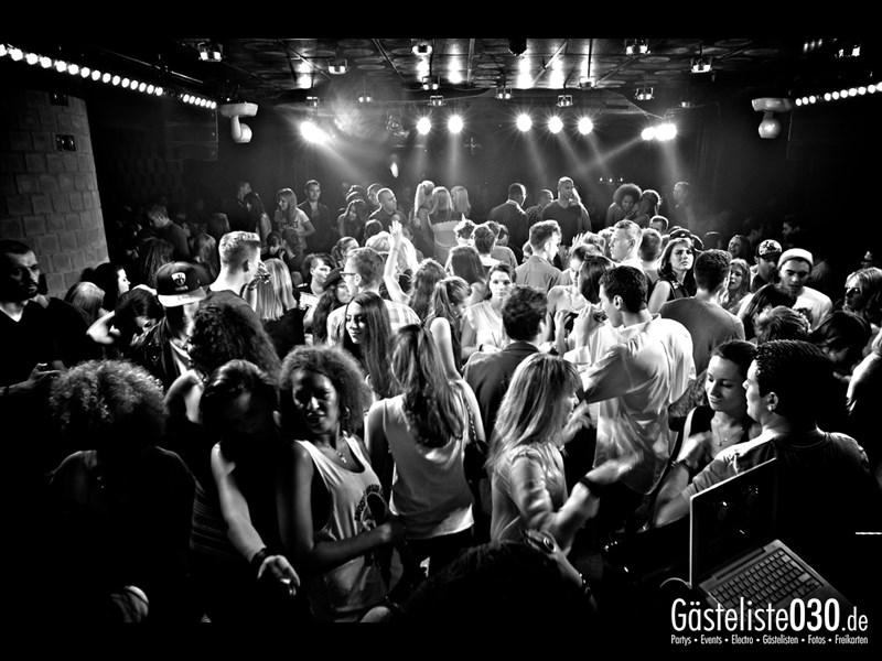 https://www.gaesteliste030.de/Partyfoto #31 Asphalt Berlin vom 12.10.2013