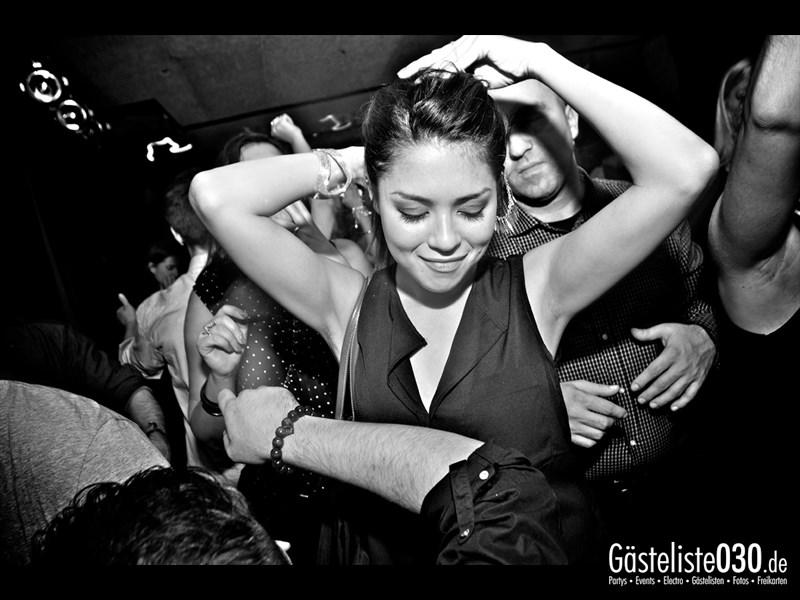 https://www.gaesteliste030.de/Partyfoto #22 Asphalt Berlin vom 12.10.2013