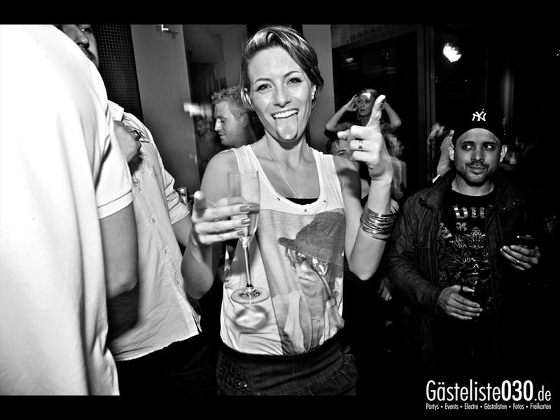 https://www.gaesteliste030.de/Partyfoto #40 Asphalt Berlin vom 12.10.2013