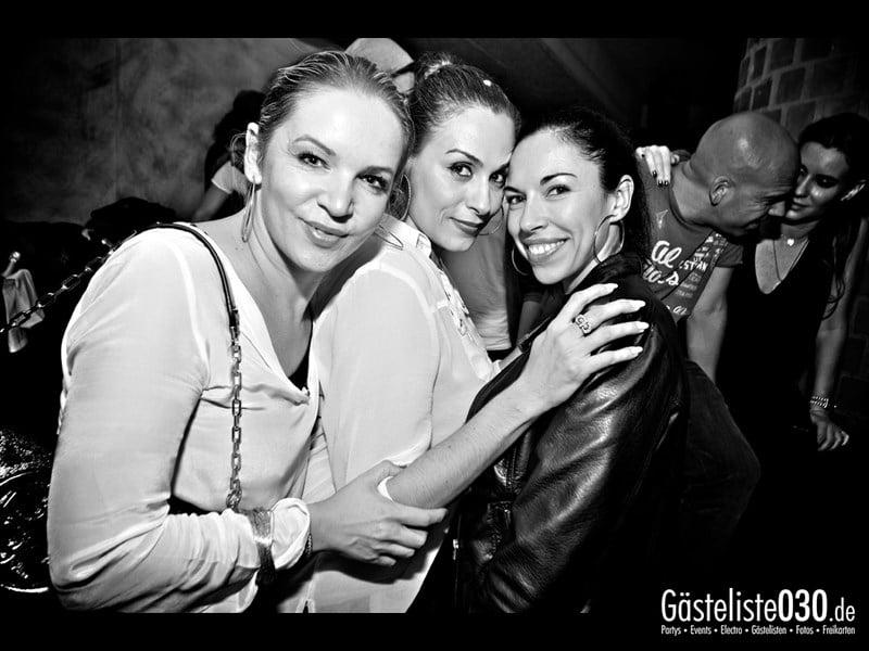 https://www.gaesteliste030.de/Partyfoto #51 Asphalt Berlin vom 12.10.2013