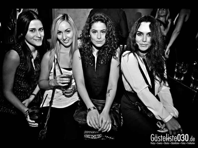 https://www.gaesteliste030.de/Partyfoto #102 Asphalt Berlin vom 12.10.2013