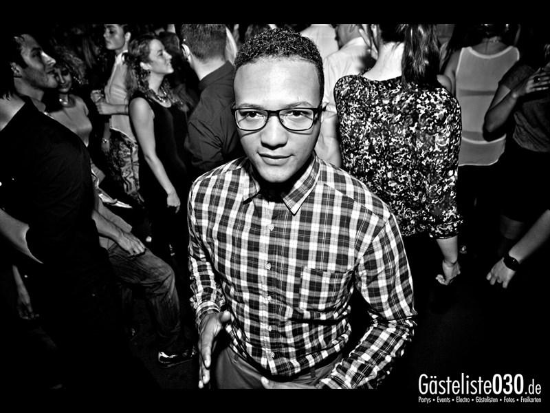 https://www.gaesteliste030.de/Partyfoto #79 Asphalt Berlin vom 12.10.2013