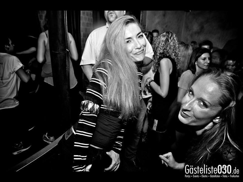 https://www.gaesteliste030.de/Partyfoto #19 Asphalt Berlin vom 12.10.2013