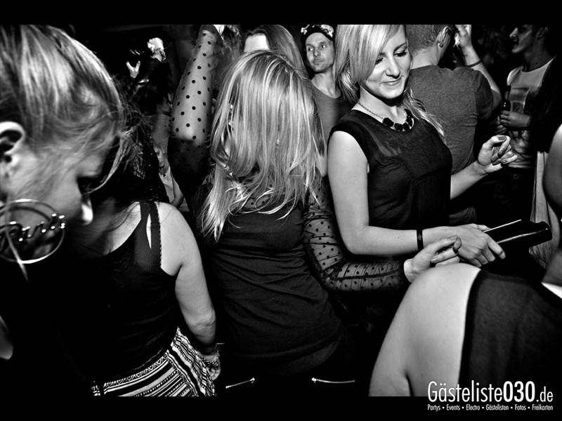 https://www.gaesteliste030.de/Partyfoto #106 Asphalt Berlin vom 12.10.2013