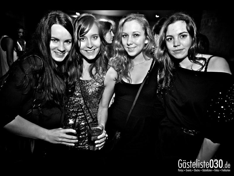https://www.gaesteliste030.de/Partyfoto #103 Asphalt Berlin vom 12.10.2013