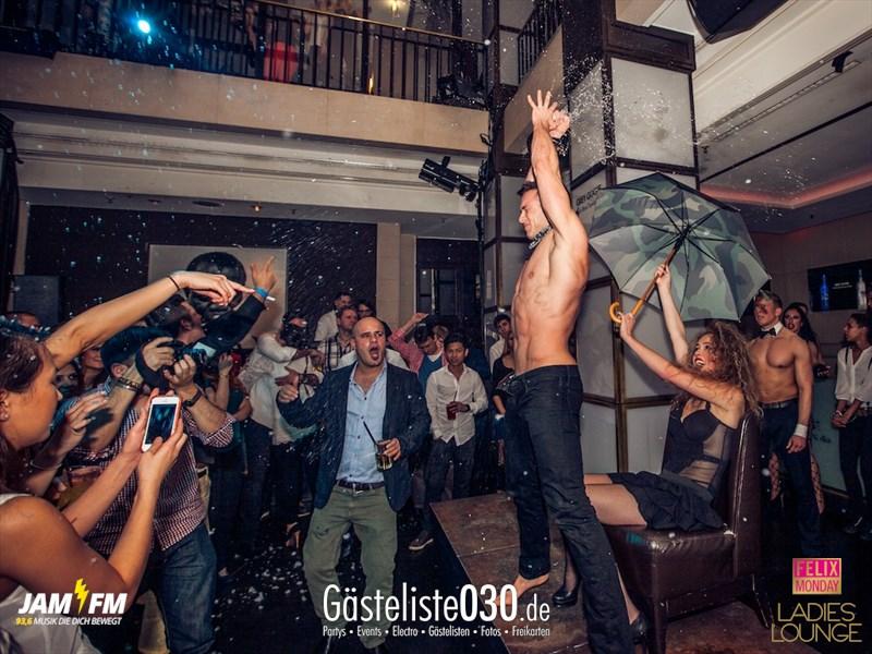 https://www.gaesteliste030.de/Partyfoto #71 Felix Berlin vom 04.11.2013