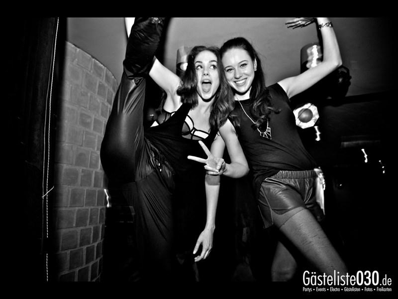 https://www.gaesteliste030.de/Partyfoto #108 Asphalt Berlin vom 09.11.2013