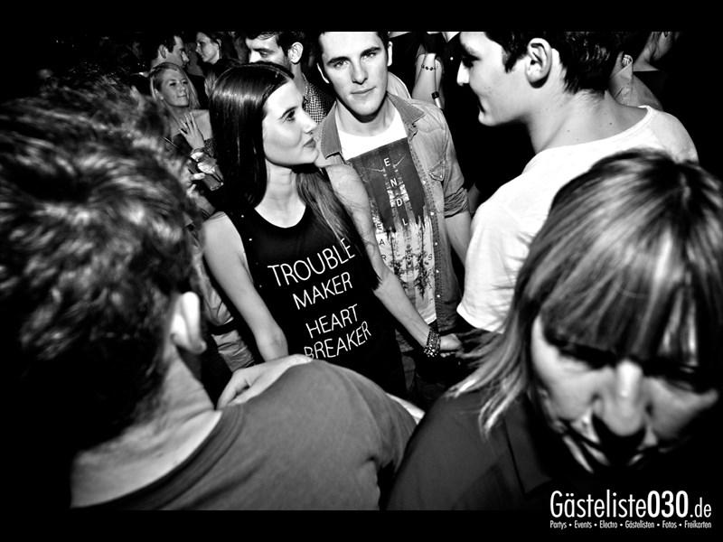 https://www.gaesteliste030.de/Partyfoto #100 Asphalt Berlin vom 09.11.2013