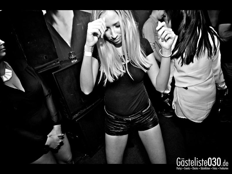 https://www.gaesteliste030.de/Partyfoto #92 Asphalt Berlin vom 09.11.2013