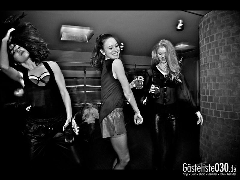 https://www.gaesteliste030.de/Partyfoto #13 Asphalt Berlin vom 09.11.2013